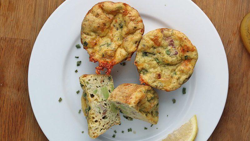 Keto diet breakfast – Bacon Avocado Muffins
