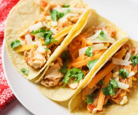 authentic mexican shredded chicken tacos